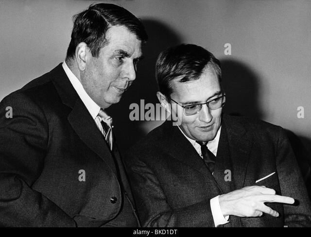 Rudolf augstein stockfotos rudolf augstein bilder alamy for Journalist spiegel