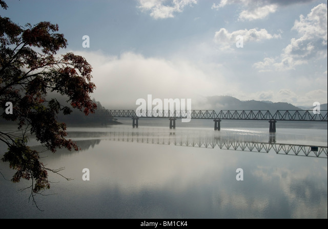 Früh morgens am See Shuparo, Fuß des Mount Yubari, zentrale Hokkaido, Japan Stockbild