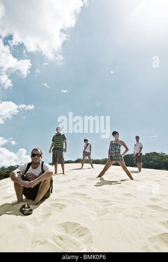 Fünf Freunde im Urlaub auf Fraser Island, Queenland, Australien Stockbild