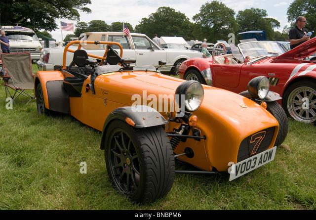 Caterham 7 sieben Lotus light leichte Sport Trackday Track Tag Oldtimer Sportwagen Zeige Shows zeigt Konkurrenz Stockbild