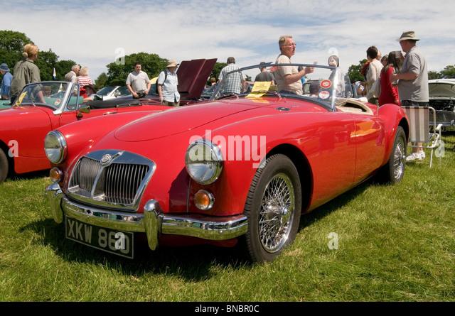 mg Mga-Sportwagen Sport Sport Oldtimer Autos Zeige Shows zeigen Wettbewerb alten Vintage restauriert Wiederherstellung Stockbild