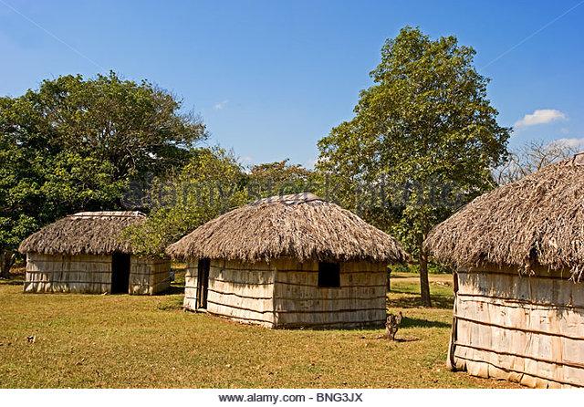 Weiler gehören zur Familie Castro, wo Fidel geboren wurde; hier die Hütten der Diener. Biran, Provinz Stockbild