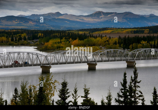 Längste Brücke Nisutlin Brücke am Alaska Highway Teslin Yukon Kanada 2008 ENFORS Landschaft Natur Stockbild