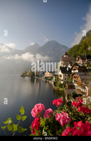 Geranien Reisen Österreich Hallstatt Salzkammergut oberen Österreich Hallstätter See Lake Welt Kulturerbe Stockbild