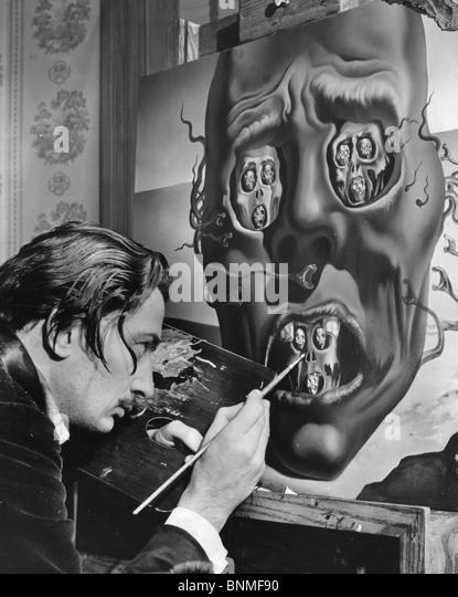 Spanische Künstler SALVADOR DALI (1984-89) arbeitet an seiner Malerei die Gesicht des Krieges in den USA 1940 Stockbild