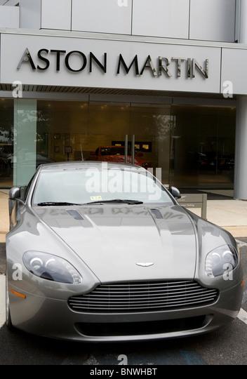 Ein Aston Martin Autohaus. Stockbild