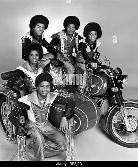 RANDY JACKSON MARLON JACKSON TITO JACKSON JACKIE JACKSON & MICHAEL JACKSON JACKSONS (1977) Stockbild