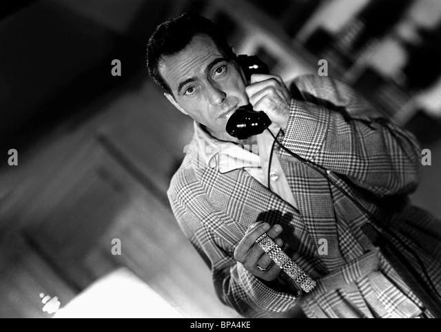 HUMPHREY BOGART KONFLIKT (1945) Stockbild