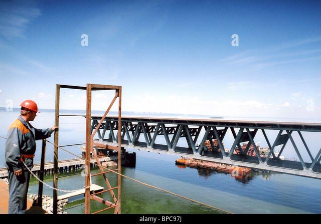 Eine der längsten Brücken Europas im Bau in Uljanowsk Stockbild