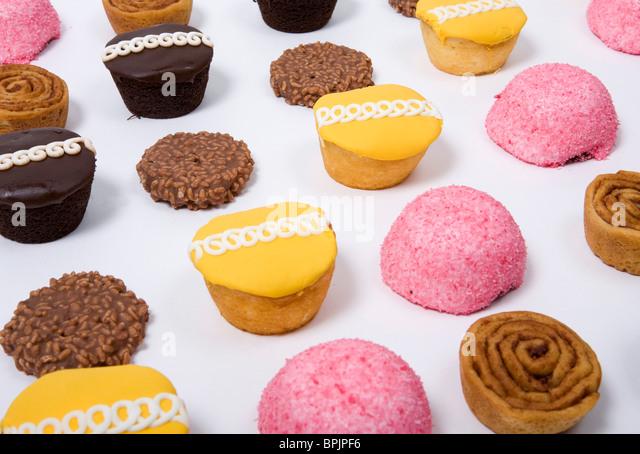 Ein Sortiment von Junk-Food-Artikeln. Stockbild
