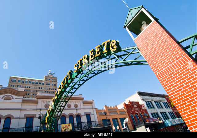 Crockett Street Entertainment District in Beaumont, Texas, USA Stockbild