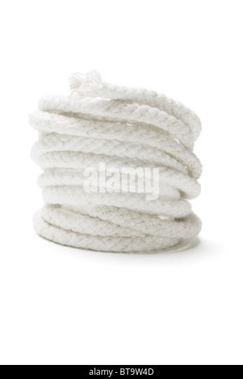 Spule aus weißen Seil auf isolierte Hintergrund Stockbild