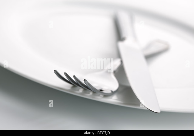 Abendessen-Teller, Messer und Gabel-Besteck - Stock-Bilder
