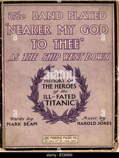 Noten: Die Band spielte näher mein Gott zu dir wie das Schiff runter - 1912 ging Stockbild