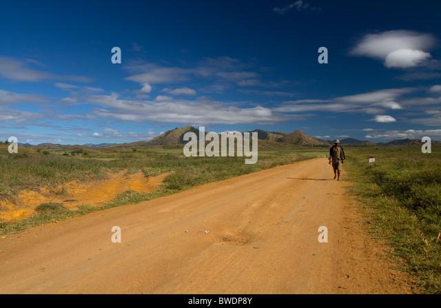 Straße zwischen Vohemar - Ambilobe, Madagaskar Stockbild