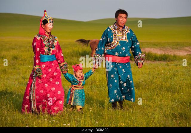 Mongolische paar mit Kind, Xilin Gol Grünland, Xilinhot, Innere Mongolei autonome Region, China Stockbild