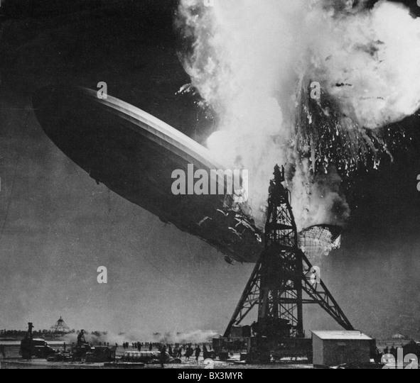 6. Mai 1937 HINDENBURG-Katastrophe. Deutsche Pkw-Luftschiffs LZ 129 fotografiert von Sam Shere in Lakehurst Naval Stockbild