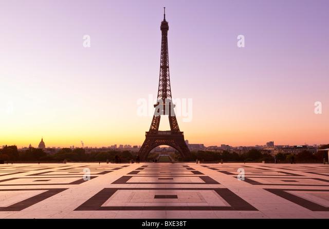 Europa, Frankreich, Paris (75), Esplanade du Trocadéro und Eiffelturm Stockbild