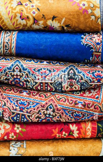 Bunte Weaved indische Teppiche Stockbild