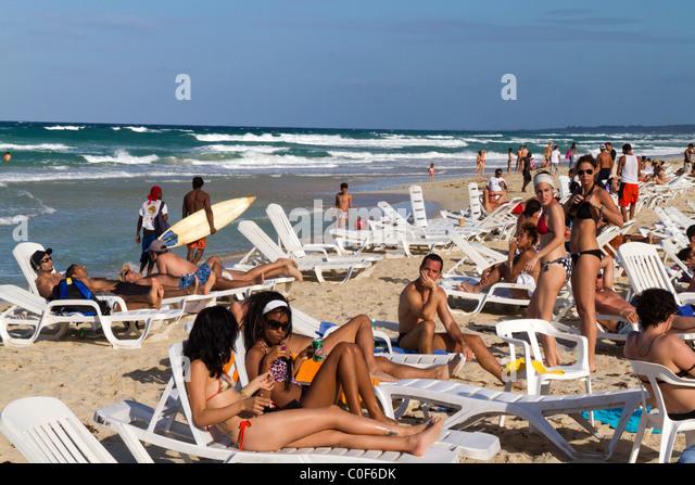 Teenager in Playa del Este, Santa Maria Del Mar, in der Nähe von Havanna Kuba Stockbild
