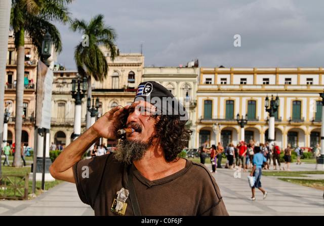 Che Guevara Doppel posiert in Havanna Zentrum in der Nähe von Capitol, Kuba Stockbild