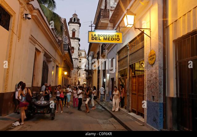 La Bodeguita del Medio, Havanna Viejo, Hemingways Bar in Havanna, Kuba, Stockbild