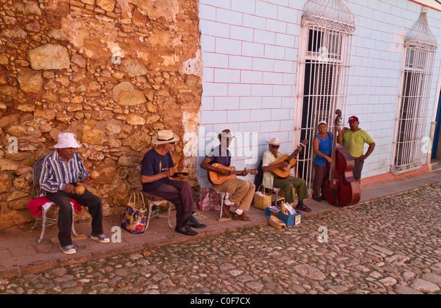 Straße Instrumentalstücken in Trinidad, Kuba Stockbild