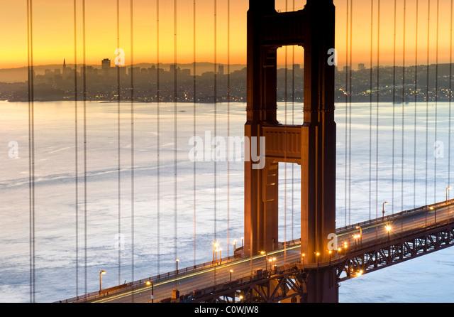 USA, California, San Francisco, Skyline der Stadt und Golden Gate Bridge Stockbild