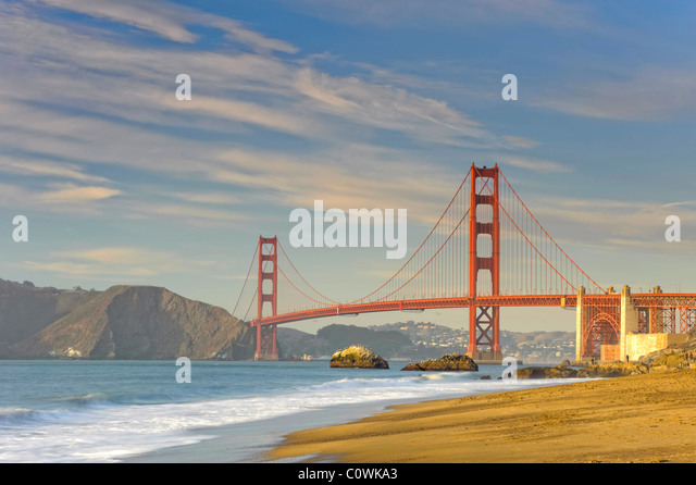 USA, California, San Francisco, Baker Beach und Golden Gate Bridge Stockbild