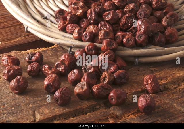 Getrocknete Beeren der Jujube (Ziziphus Jujuba) als Zutat für Müsli, Kuchen und Gebäck, aus einer Stockbild