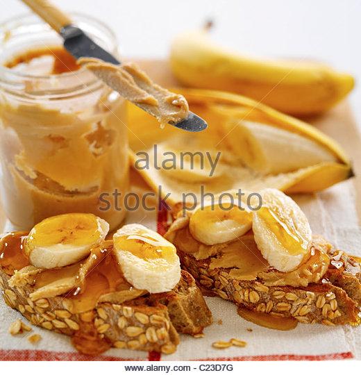 Bananen auf Toast Stockbild