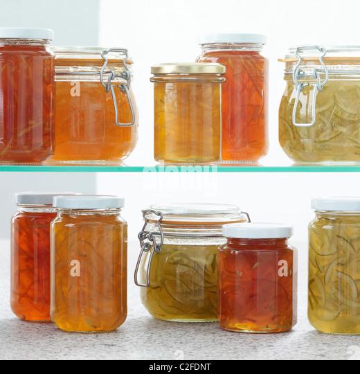 Shelf stockfotos shelf bilder alamy - Marmelade einkochen glaser ...