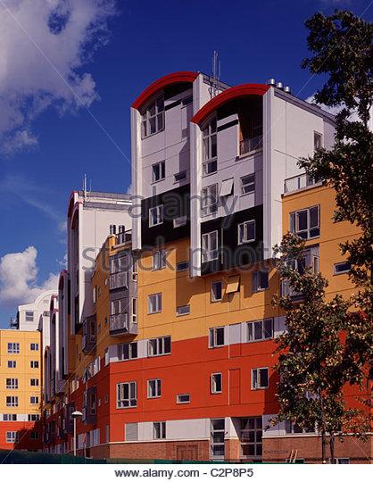 Millennium Village Phase 1A, Greenwich London. Verschiedene äußere Farbtafeln. Stockbild
