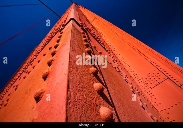 USA, San Francisco Kalifornien: Detailansicht der Golden Gate Bridge tower Stockbild