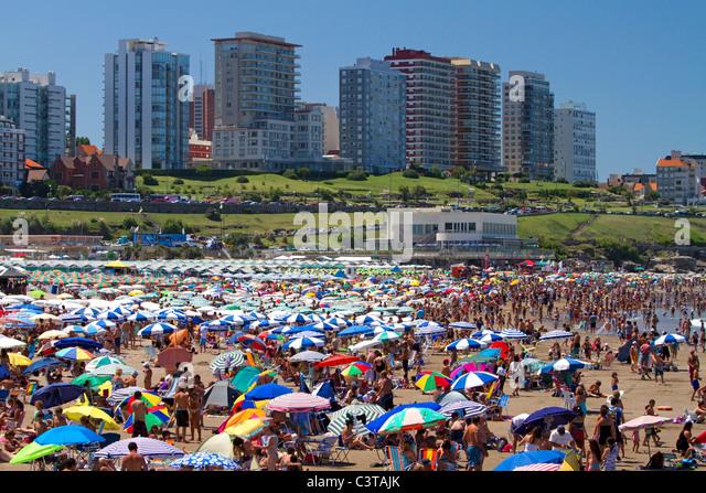 Strand-Szene in Mar Del Plata, Argentinien. Stockbild