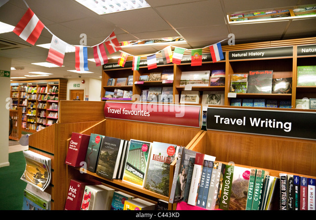 Reise Bücher exion, Waterstones Buchladen, Truro Cornwall UK Stockbild