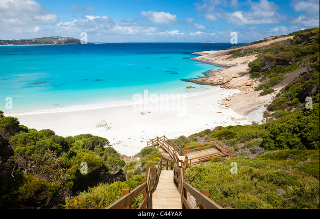 Hinunter zum Blue Haven Beach Boardwalk. Esperance, Western Australia, Australien Stockbild