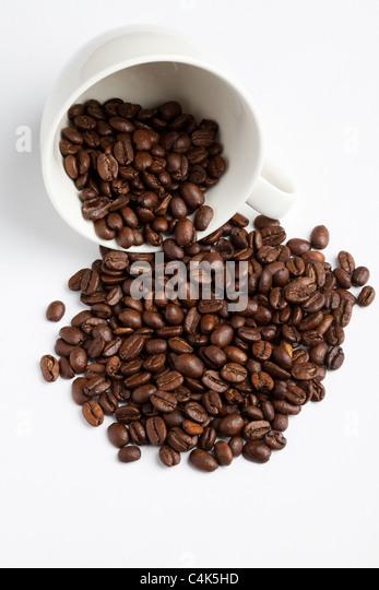 Kaffeebohne und Tasse für Hintergrund - Stock-Bilder