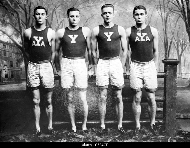 Yale-Staffel: L.b. Stevens, R.A. Spitzer, M.D. Kirjassoff, R.W. LaMontagne Stockbild