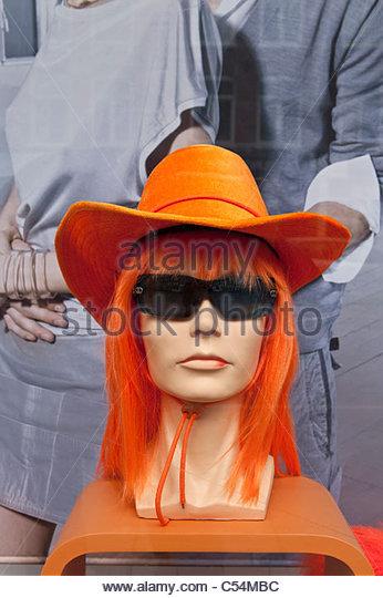 Königinnentag ist eine einzigartige Nacht und Tag Karneval wie Event am 30. April jeden Jahres. Orange Outfit Stockbild