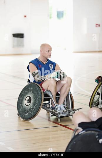 Para-Rugby-Spieler in der Sporthalle Stockbild