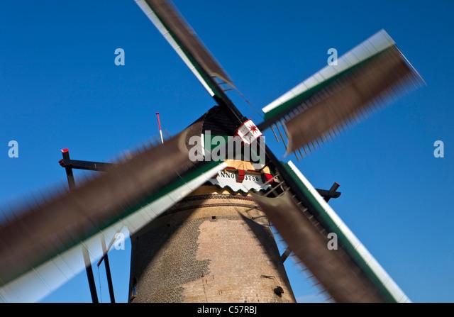 Die Niederlande, Kinderdijk, Windmühle, UNESCO-Weltkulturerbe. Stockbild