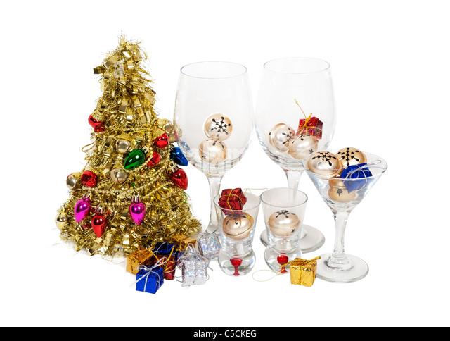 Weihnachtsstimmung mit einem Weihnachtsbaum und dekorierte Gläser Stockbild