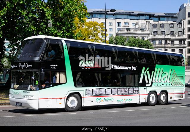Kylltal Reisen deutsche Unternehmen Doppeldecker Reisebus in der Park Lane Stockbild