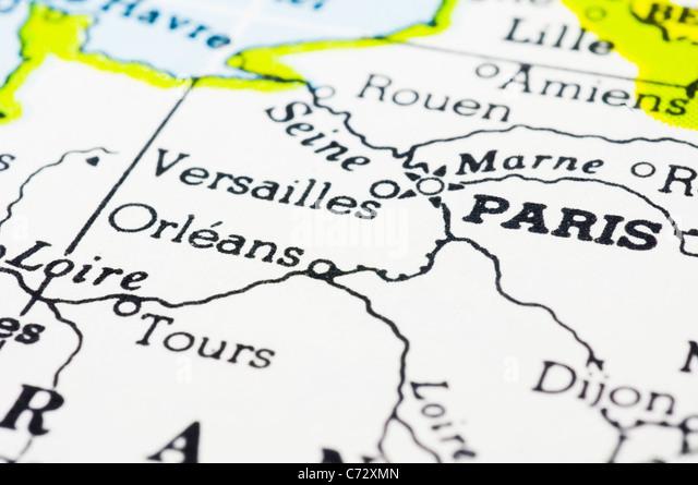 Schuss von Paris auf Karte hautnah. Stockbild