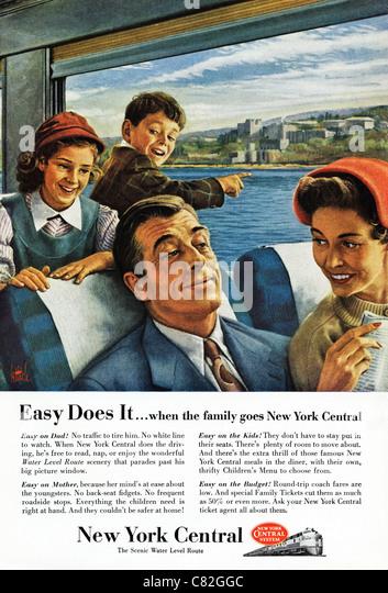 Amerikanischen Magazin Werbung ca. 1954 Werbung Familie reisen auf NEW YORK CENTRAL railway Stockbild