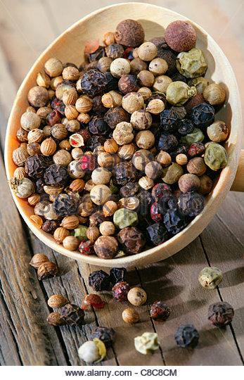 Mischung aus fünf verschiedenen Beeren Stockbild
