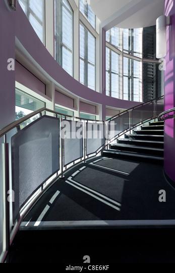 CURVER Treppe und Fenster der Eastpoint Zentrum Southampton Stockbild