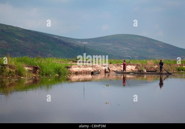 Angeln am Fluss Kongo, Republik Kongo, Afrika Stockbild