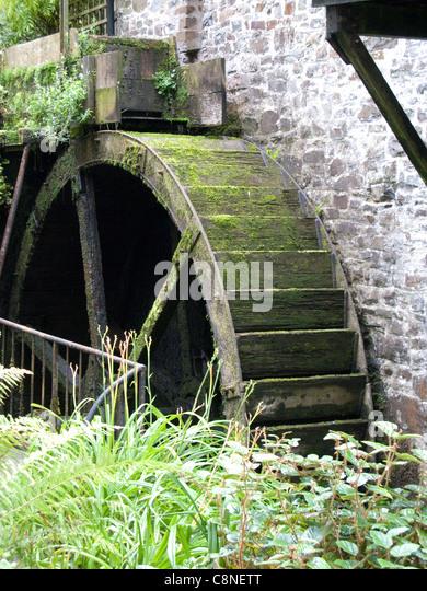 Großbritannien, England, Devon, Docton Mill, alte Wasserrad Stockbild
